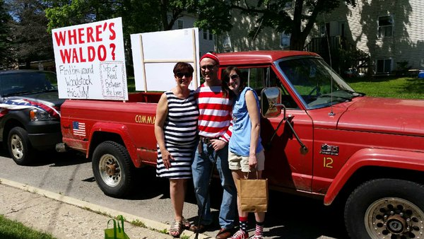 Read Between the Lynes joined its local parade to promote Find Waldo Local.