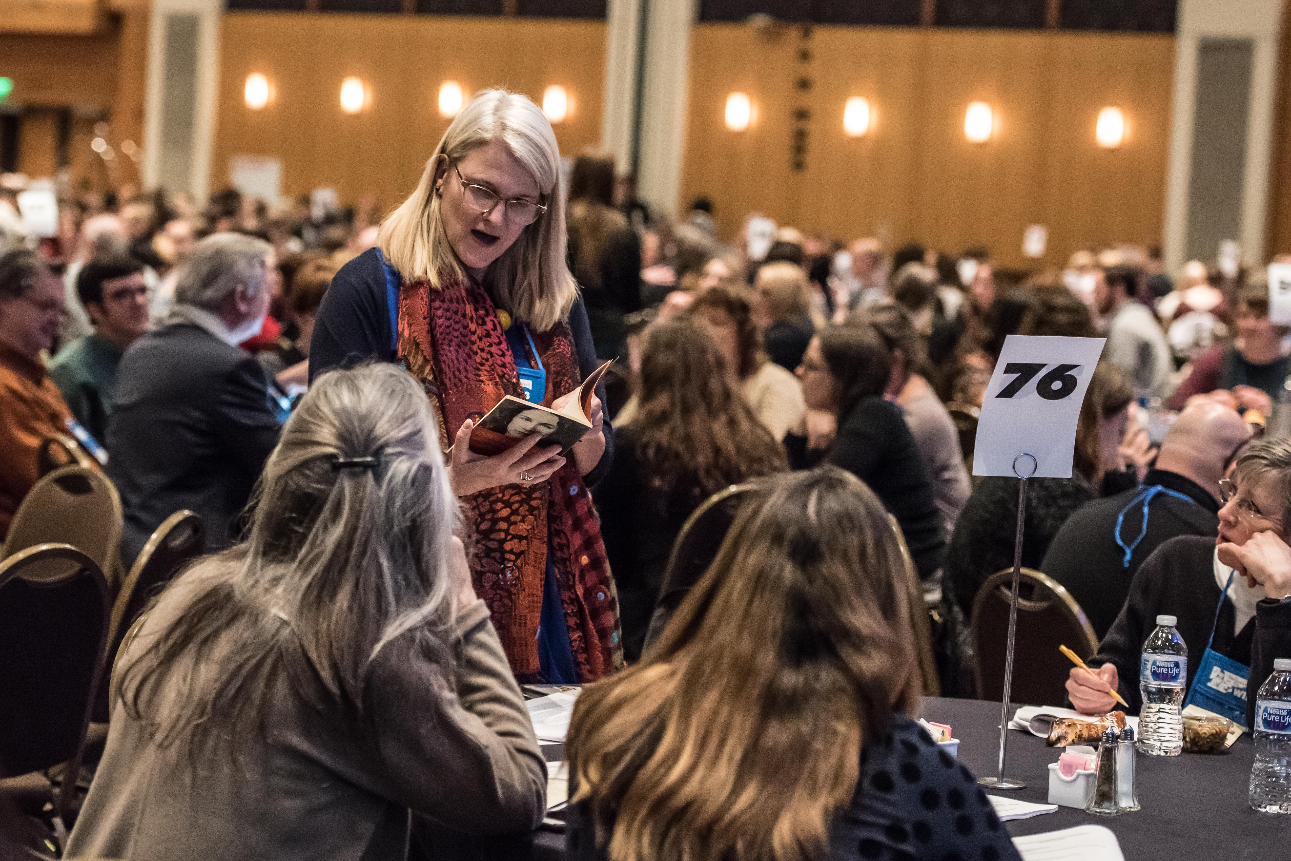Booksellers lunched with reps to learn about new titles from Wi13's publisher sponsors.