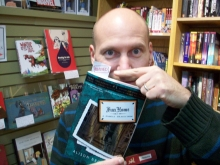 At Phoenix Books, James Kochalka recommends Fun Home.
